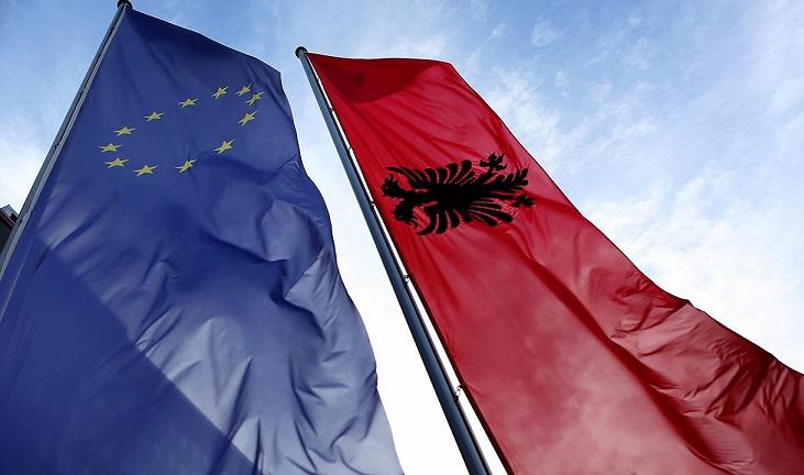 Megvan az EU új két tagállama ?